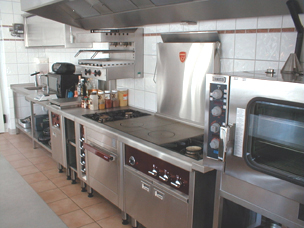 Etc group s r l progettazione installazione cappe - Cucine professionali per ristoranti ...